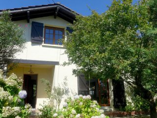 4 bedroom Villa in La Negresse, Nouvelle-Aquitaine, France : ref 5541516