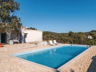 4 bedroom Villa in Selca, Splitsko-Dalmatinska Zupanija, Croatia : ref 5541437