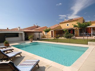 4 bedroom Villa in Fraissinet-de-Fourques, Occitania, France : ref 5541433