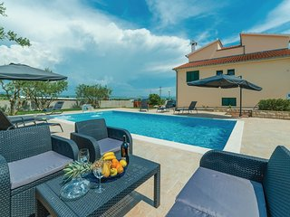 5 bedroom Villa in Opatijski Torovi, Zadarska Zupanija, Croatia : ref 5541371