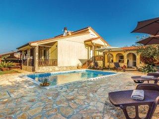 3 bedroom Villa in Liznjan, Istria, Croatia : ref 5541348