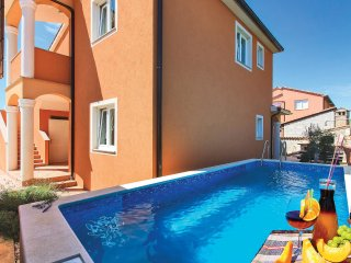 6 bedroom Villa in Ližnjan, Istria, Croatia : ref 5541318