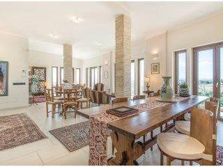 6 bedroom Villa in Cicignano, Latium, Italy : ref 5541127