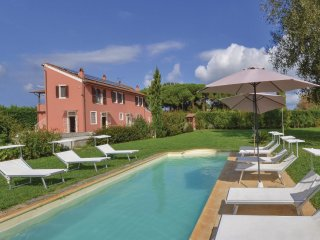 5 bedroom Villa in Fiocina, Tuscany, Italy : ref 5541053