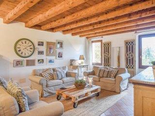 3 bedroom Villa in Le Carlotte, Veneto, Italy : ref 5540988