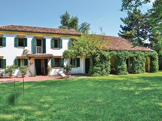 4 bedroom Villa in Casa Righetto, Veneto, Italy : ref 5540652