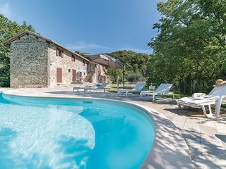 5 bedroom Villa in Belvedere, Umbria, Italy : ref 5540569