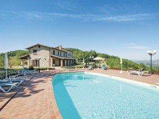 6 bedroom Villa in Giomici, Umbria, Italy : ref 5540565