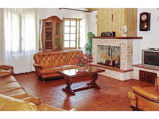 4 bedroom Villa in Casteltodino, Umbria, Italy : ref 5540558