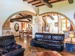 5 bedroom Villa in Guardea, Umbria, Italy : ref 5540556