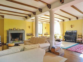 7 bedroom Villa in Rotecastello, Umbria, Italy : ref 5540549