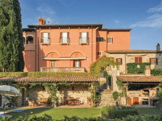 8 bedroom Villa in Pontecuti Nuovo, Umbria, Italy : ref 5540544
