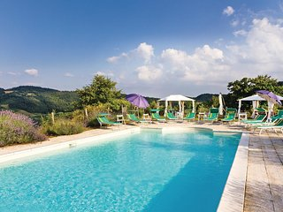 12 bedroom Villa in Molino Maccheroni, Umbria, Italy : ref 5540532