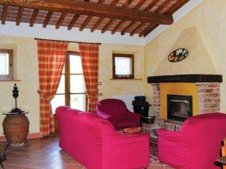 2 bedroom Villa in Farnetella, Tuscany, Italy : ref 5540420