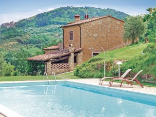 4 bedroom Villa in Collemontanino, Tuscany, Italy : ref 5540413