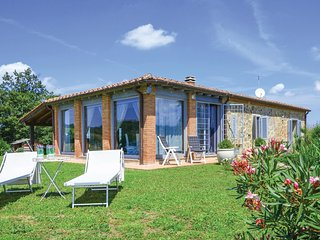 3 bedroom Villa in Poggioferro, Tuscany, Italy : ref 5540266