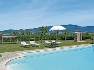 3 bedroom Apartment in Fratta-Santa Caterina, Tuscany, Italy : ref 5540162