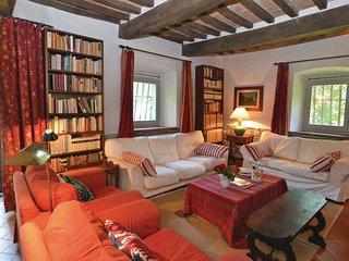 7 bedroom Villa in Cerbaiolo, Tuscany, Italy : ref 5540102
