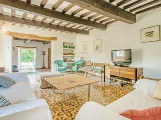 5 bedroom Villa in Molino Abbadia, Umbria, Italy : ref 5539893