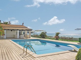 7 bedroom Villa in Costa dei Monaci, Calabria, Italy : ref 5539822