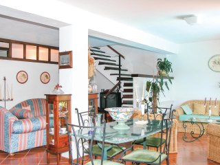 10 bedroom Villa in Garigliano, Campania, Italy : ref 5539775