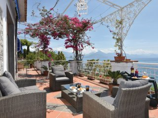 3 bedroom Villa in San Giuliano, Campania, Italy : ref 5539772