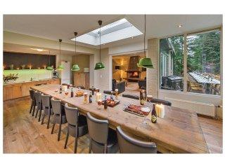 9 bedroom Villa in De Bult, Provincie Overijssel, Netherlands : ref 5539641