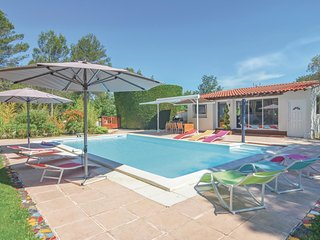 5 bedroom Villa in Trets, Provence-Alpes-Cote d'Azur, France : ref 5539382