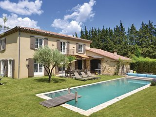 5 bedroom Villa in Loriol-sur-Drôme, Auvergne-Rhône-Alpes, France : ref 5539398