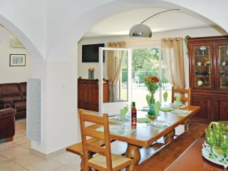 "4 bedroom Villa in Grans, Provence-Alpes-CA""te d'Azur, France : ref 5539375"