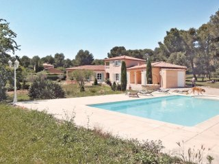 3 bedroom Villa in Lambesc, Provence-Alpes-Côte d'Azur, France : ref 5539368