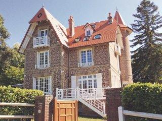 5 bedroom Villa in Le Poiçon, Normandy, France : ref 5539359