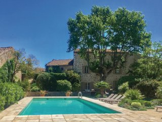6 bedroom Villa in Thezan-des-Corbieres, Occitania, France : ref 5539185