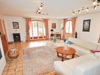 5 bedroom Villa in Pontevès, Provence-Alpes-Côte d'Azur, France : ref 5539091