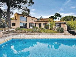 4 bedroom Villa in Port Cogolin, Provence-Alpes-Cote d'Azur, France : ref 553908