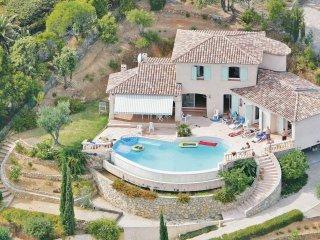 4 bedroom Villa in Cavalaire-sur-Mer, Provence-Alpes-Côte d'Azur, France : ref 5