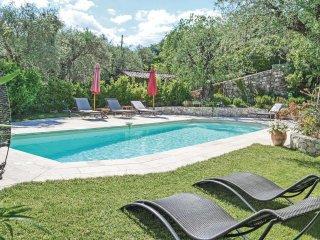 4 bedroom Villa in Grasse, Provence-Alpes-Côte d'Azur, France : ref 5539041