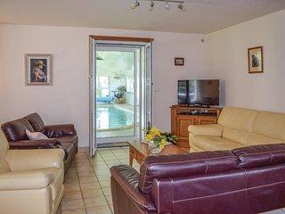 5 bedroom Villa in Yvias, Brittany, France : ref 5538909
