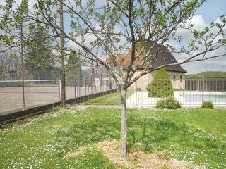 4 bedroom Villa in Cacavon, Nouvelle-Aquitaine, France : ref 5538876