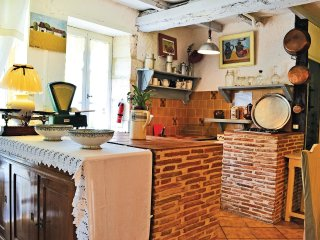 6 bedroom Villa in Grand-Brassac, Nouvelle-Aquitaine, France : ref 5538841