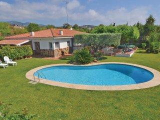 5 bedroom Villa in Sant Andreu de Llavaneres, Catalonia, Spain : ref 5538625