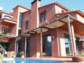 5 bedroom Villa in Canet de Mar, Catalonia, Spain : ref 5538597