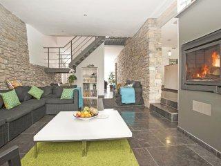 6 bedroom Villa in Oster, Wallonia, Belgium : ref 5538025