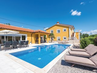 6 bedroom Villa in Krapan, Istarska Zupanija, Croatia - 5537890