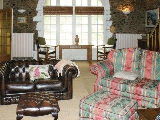 4 bedroom Villa in Escos, Nouvelle-Aquitaine, France : ref 5537876