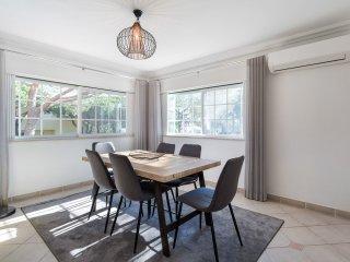 5 bedroom Villa in Praia Verde, Faro, Portugal : ref 5537833