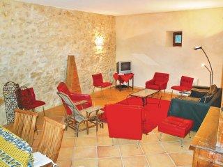 5 bedroom Villa in Mondragon, Provence-Alpes-Cote d'Azur, France : ref 5537739