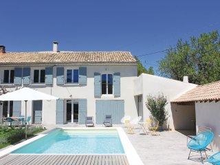 3 bedroom Villa in Serignan-du-Comtat, Provence-Alpes-Cote d'Azur, France : ref