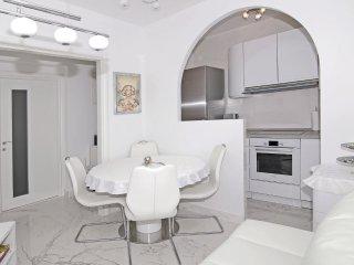 2 bedroom Villa in Banići, Dubrovačko-Neretvanska Županija, Croatia : ref 553744