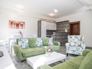 6 bedroom Villa in Grabovac, Splitsko-Dalmatinska Županija, Croatia : ref 55374